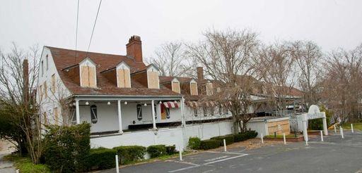 Canoe Place Inn is located in Hampton Bays.