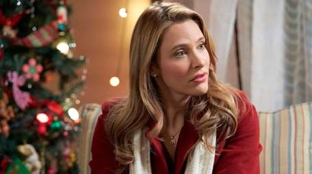 """Jill Wagner stars in Hallmark Channel's """"Christmas Wishes"""