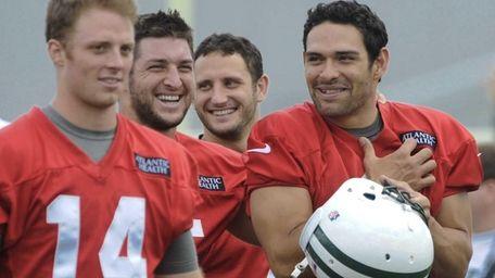 New York Jets quarterbacks Greg McElroy #14, G.J.