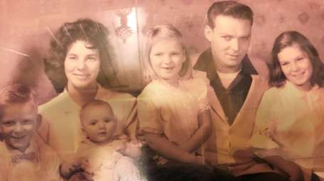 Family of George Carroll, whose bones were found