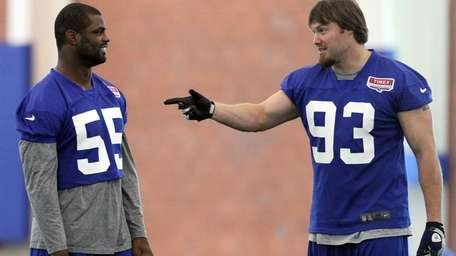 East Rutherford - June 14, 2012: Giants LB's