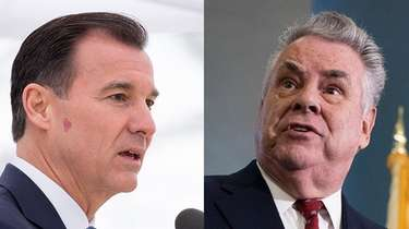 Rep. Tom Suozzi, left, and Rep. Peter King