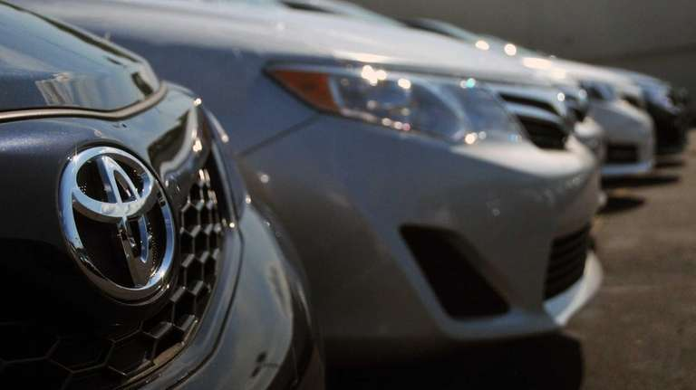 Toyota sales increased in April by 27 percent