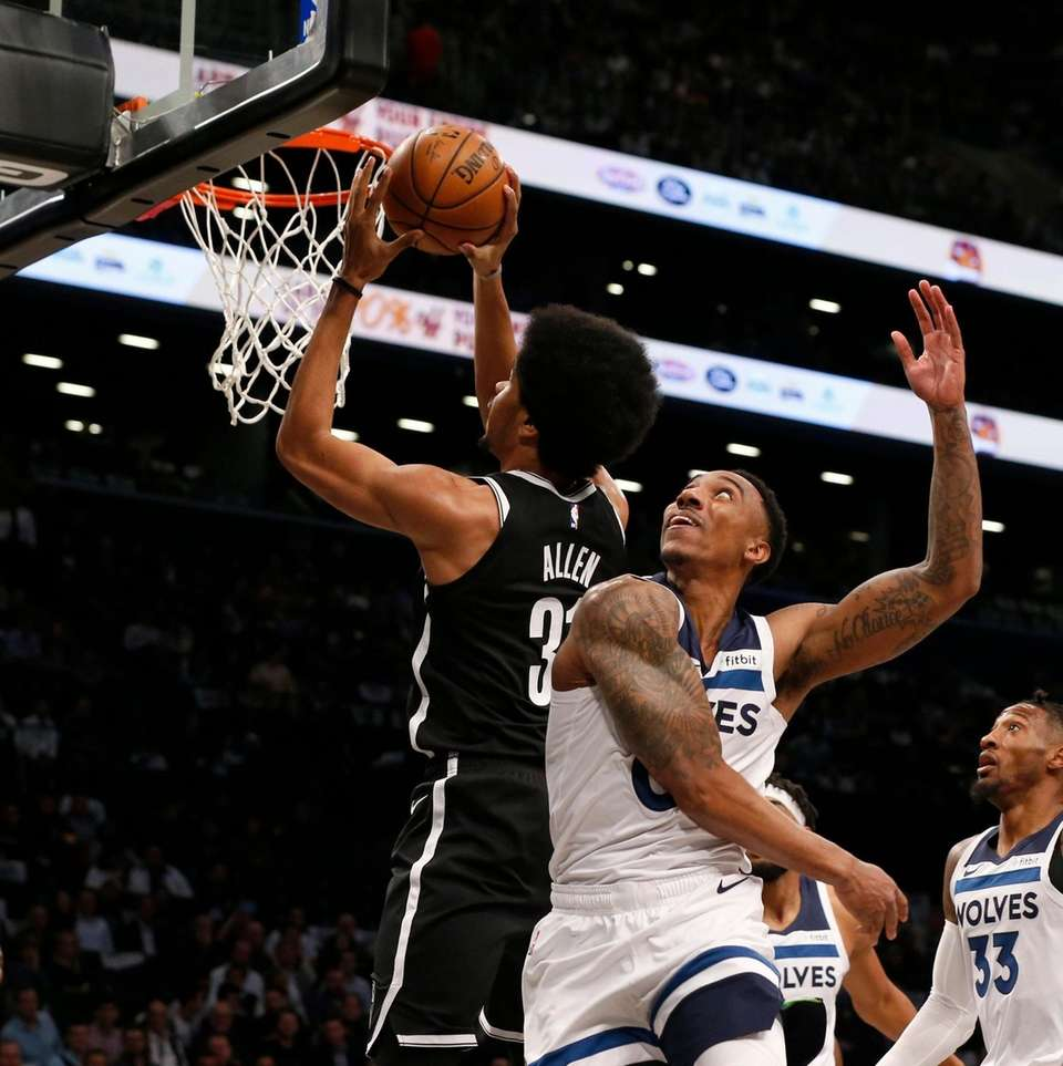 Jarrett Allen #31 of the Brooklyn Nets goes