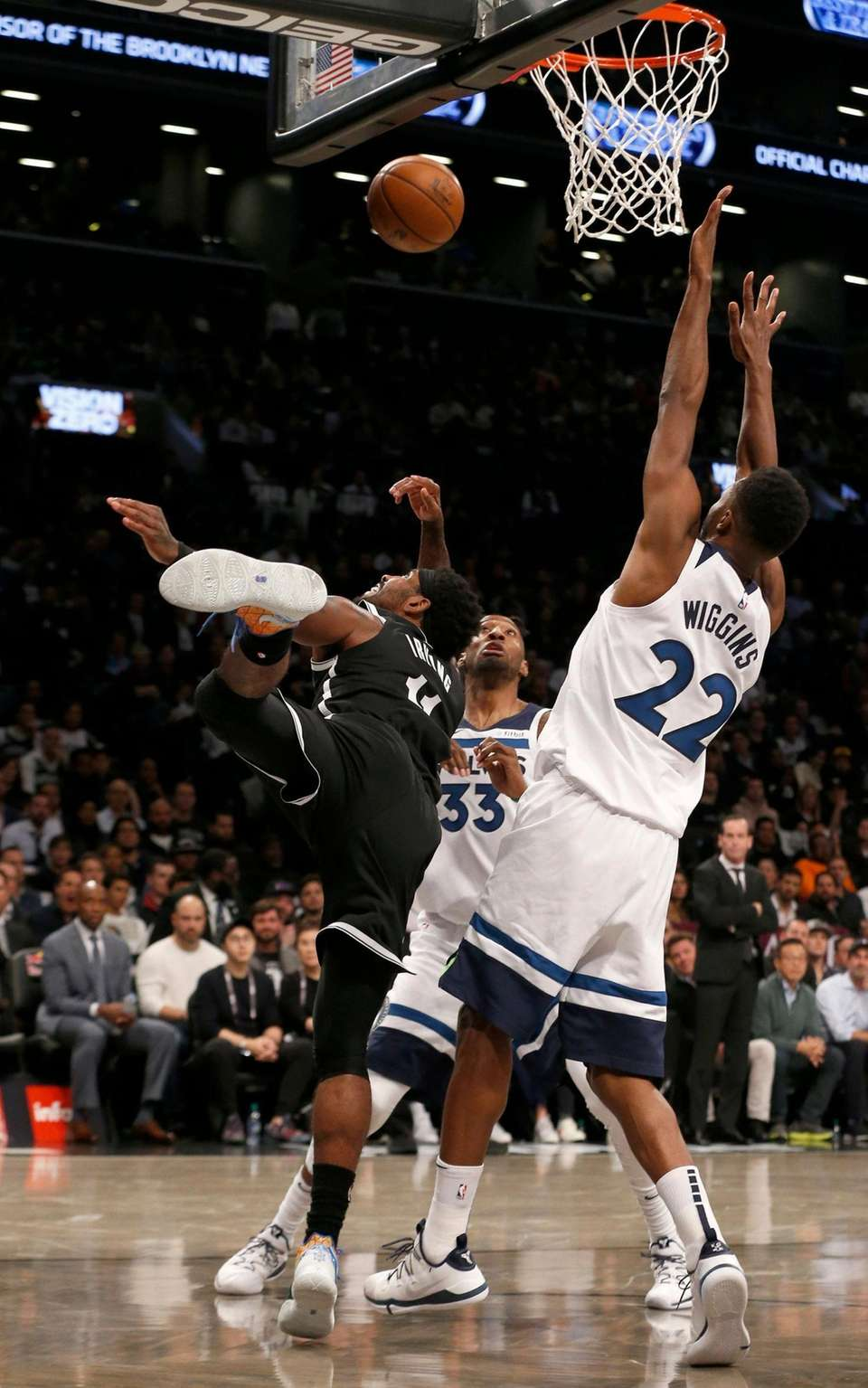 Kyrie Irving #11 of the Brooklyn Nets puts