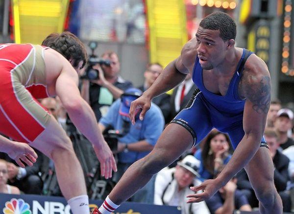At 163 pounds, Jordan Burroughs (blue) defeated Kamal