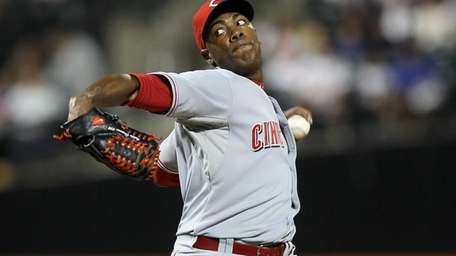 Aroldis Chapman pitches against the New York Mets.