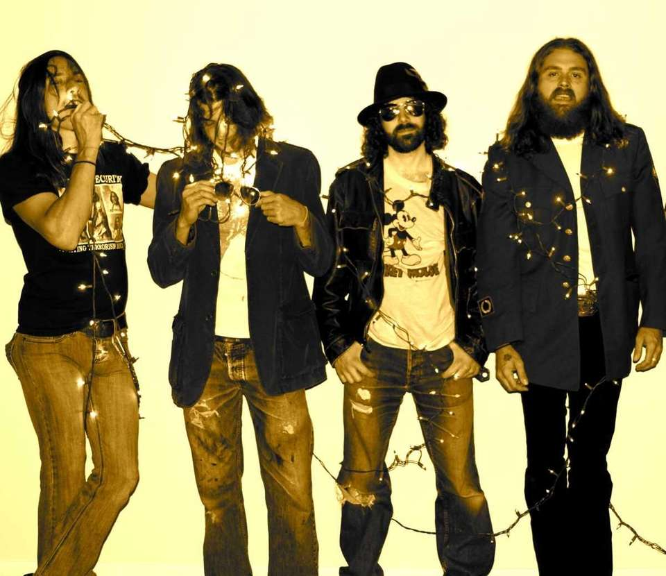 Band: Memphis Crawl, formed in 2004 Members: Matty