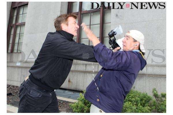 Alec Baldwin shoves Daily News photographer Marcus Santos