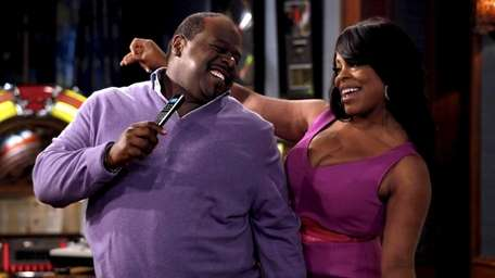 Cedric the Entertainer and Niecy Nash co-star in