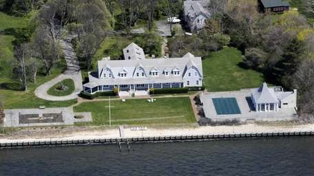 The Center Moriches waterfront estate that once belonged