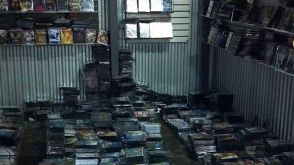 Brooklyn man busted with 44,000 bootleg DVDs and CDs | Newsday