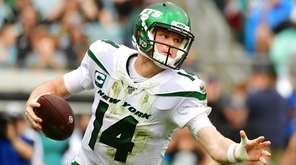 Jets QB Sam Darnold passed for 218 yards
