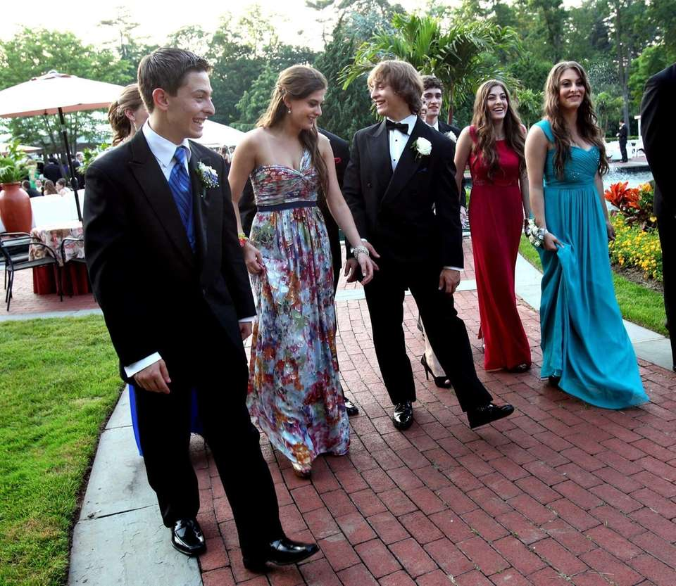 The Carbone quintuplets attend their prom at Woodbury
