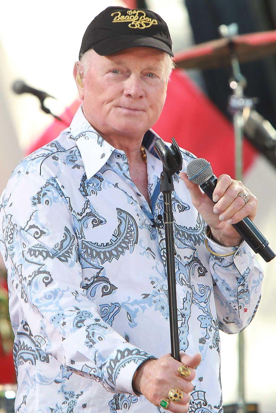 Mike Love of The Beach Boys as the