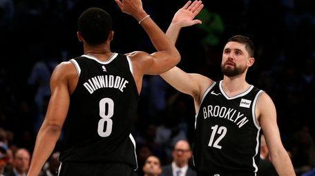 Joe Harris and Spencer Dinwiddie of the Nets