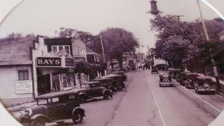 A photo of Montauk Highway in Hampton Bays
