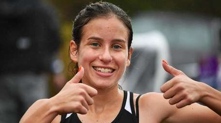 Sarah Connelly of Mount Sinai after winning girls