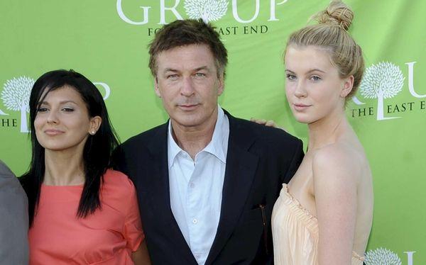 Hilaria Thomas, Alec Bladwin and his daughter Ireland