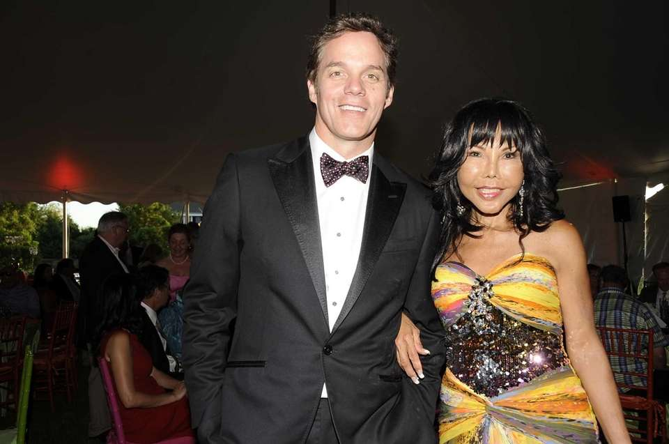 Fox News anchor Bill Hemmer and friend Dahlia