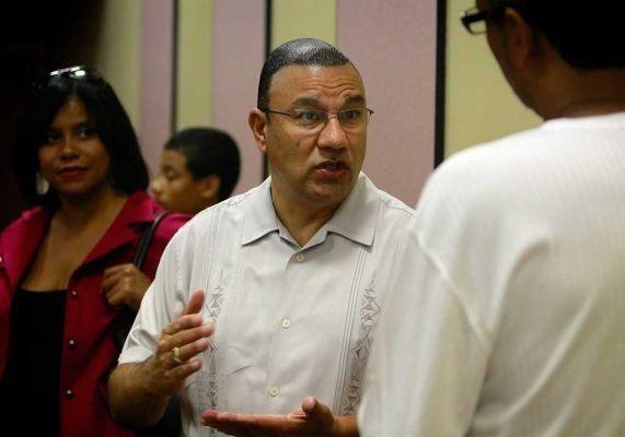 Phil Ramos sponsored traffic violations bill in the