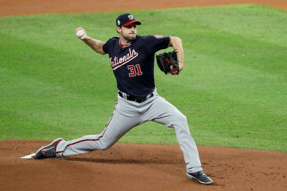 Washington Nationals starting pitcher Max Scherzer throws against