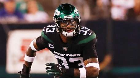 Jets strong safety Jamal Adams in coverage during