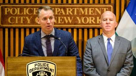 Chief of Detectives Dermot Shea speaks at a