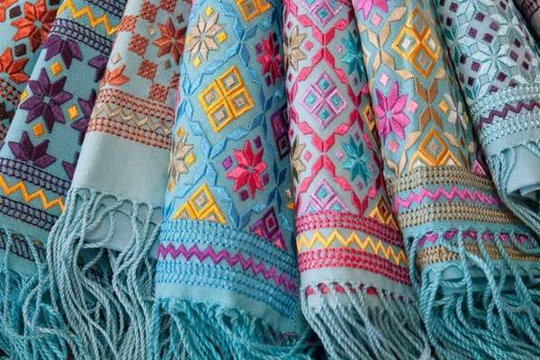 Shawls made by Afghan women who sell their