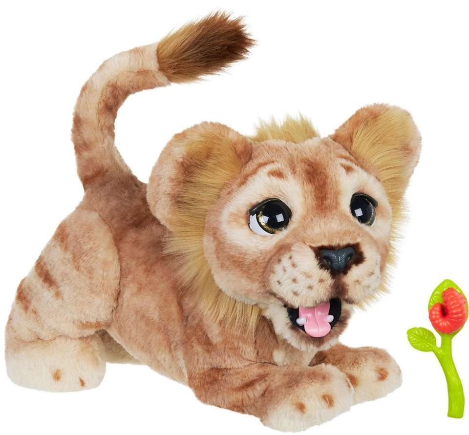 The classic lion cub says phrases from the