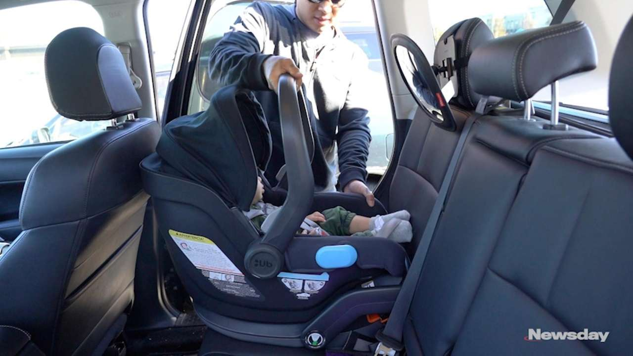 Amazing New Ny Law Requires Kids Under 2 To Be In Rear Facing Car Seats Unemploymentrelief Wooden Chair Designs For Living Room Unemploymentrelieforg