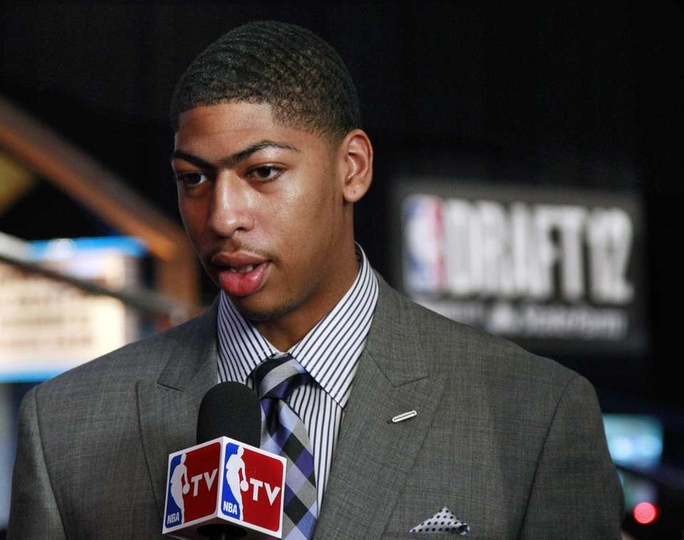 Kentucky's Anthony Davis responds to a question before