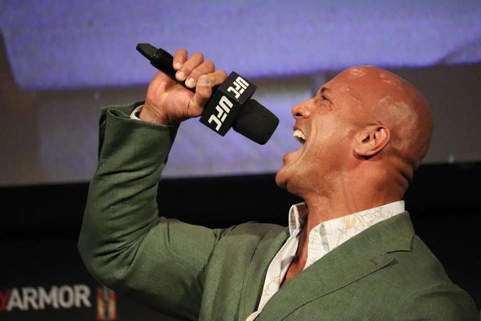 """Dwayne """"The Rock"""" Johnson appears at the UFC"""