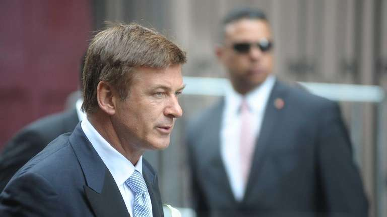 Alec Baldwin on his way to marrying Hilaria