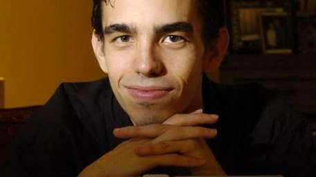 The logo of the Mozilla Firefox browser. (Dec.
