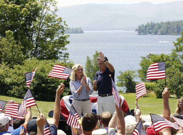 With Lake Winnipesaukee in the background, Republican presidential