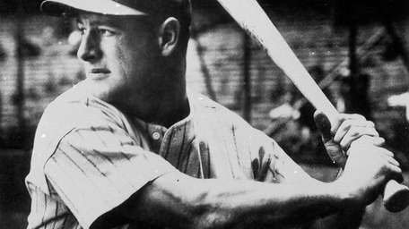 LOU GEHRIG — 1923-39 The Iron Horse was