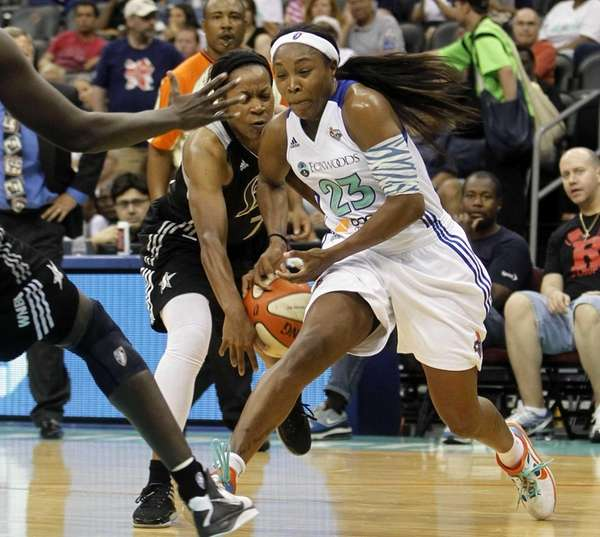 New York Liberty (23) Cappie Pondexter has the