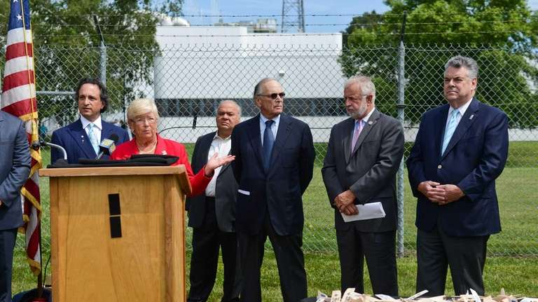 Congresswoman Carolyn McCarthy speaks during a press conference