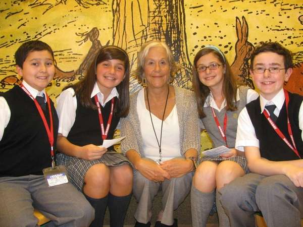 Author Kathryn Lasky with Kidsday reporters (l) Mateo