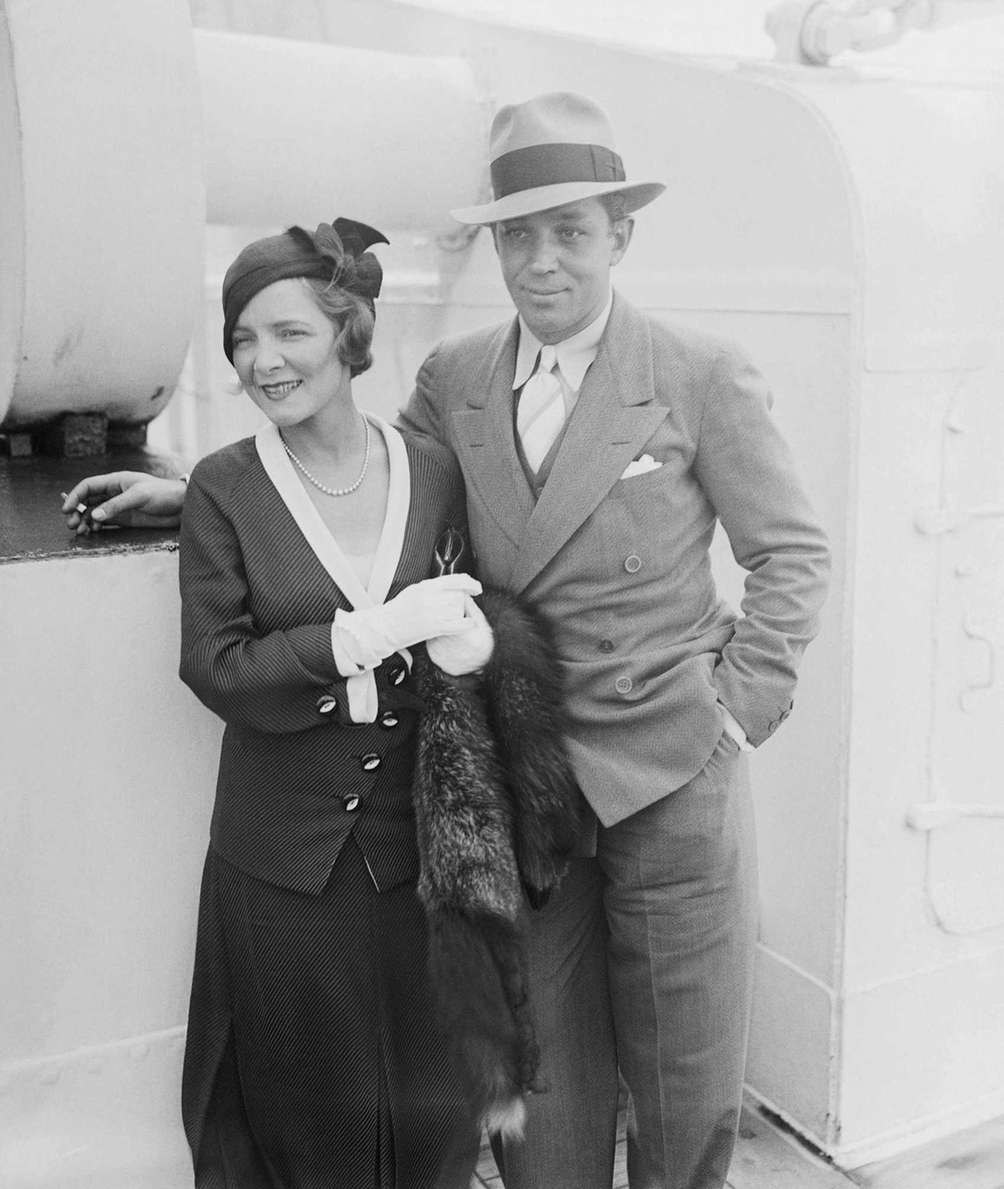 Actor Helen Hayes (left) and her husband, playwright
