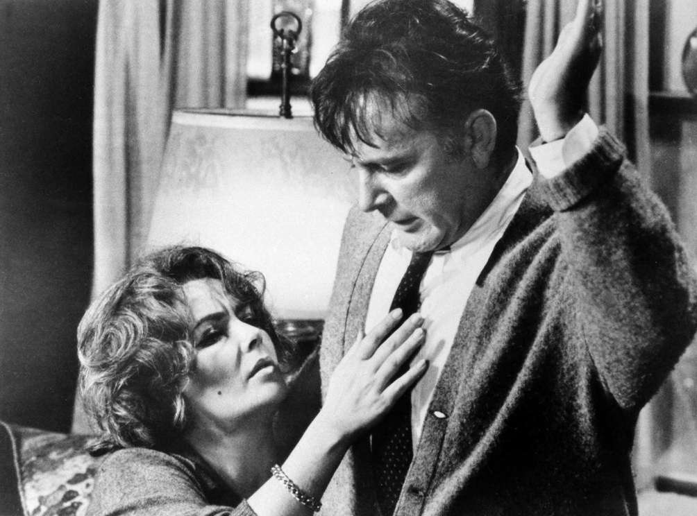 Elizabeth Taylor and Richard Burton, in a scene