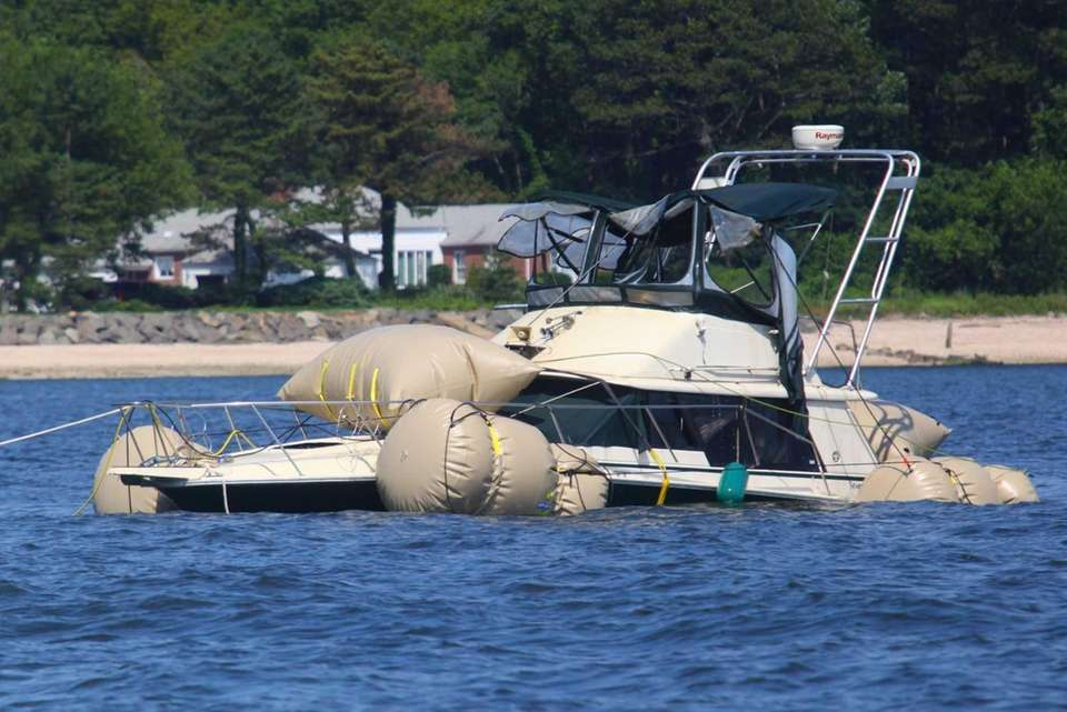 FBI divers and Nassau County police used air