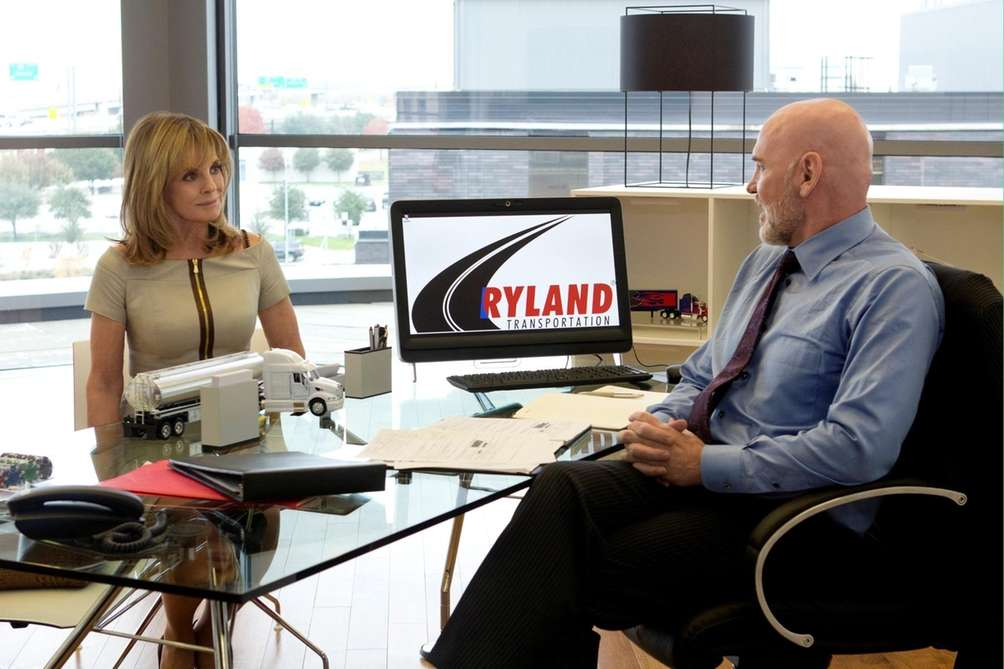 Sue Ellen (Linda Gray) asks Harris Ryland (Mitch