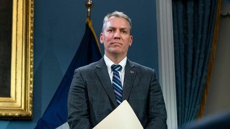 NYPD Chief of Detectives Dermot Shea, Mayor Bill