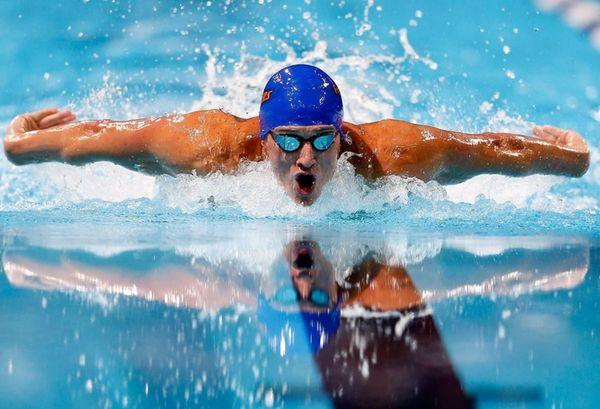 OMAHA, NE - JUNE 30: Ryan Lochte competes