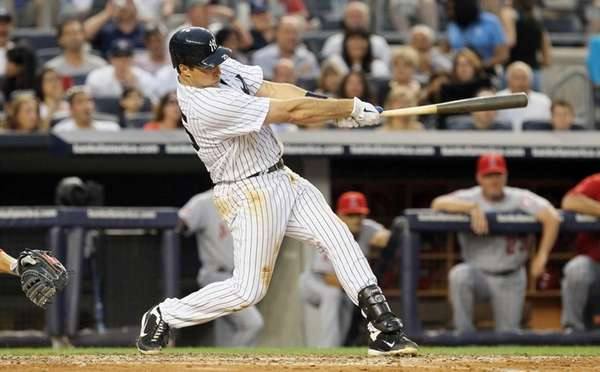 Mark Teixeira connects on a two-run home run