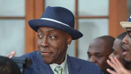 Arsenio Hall attends the 2012 Compound Foundation Fostering