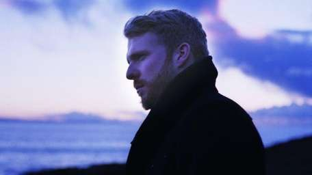 Singer-songwriter Alex Clare released his debut ?The Lateness