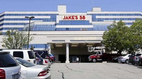 Jake's 58 Hotel & Casino in Islandia is